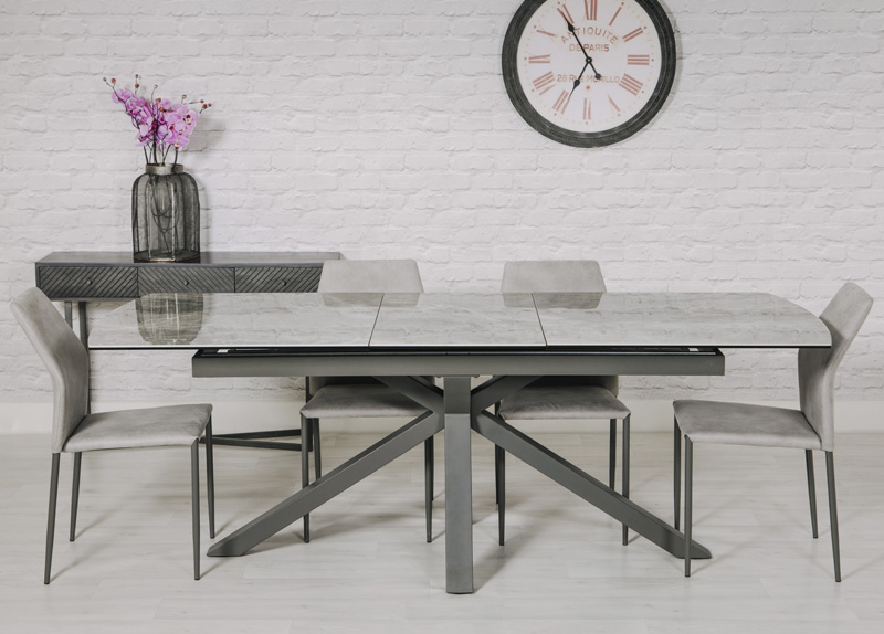 Jupiter Extending Dining Table: 1700-2200 mm
